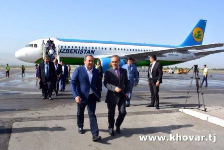 Муовини Сарвазири Ӯзбекистон ба Душанбе омад