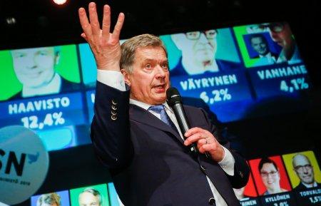 Саули Ниинистё дар интихоботи президентии Финландия ғолиб омад